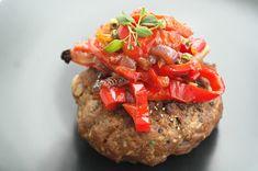 Saaranlautasella: Kyllä peura on ihan parasta! Meatloaf, Salmon Burgers, Baked Potato, Potatoes, Baking, Ethnic Recipes, Food, Red Peppers, Meat Loaf