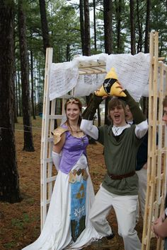 Legend of Zelda wedding... OMG, I love her dress! Part of me wants to have this as the theme for mine whenever that is XD