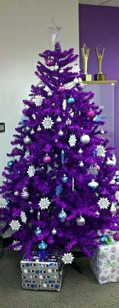 christmas tree purple now thats magical - Purple Christmas Tree