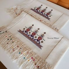 Embroidery Flowers Pattern, Embroidery Art, Flower Patterns, Baby Knitting Patterns, Cross Stitch, Diy, Cross Stitch Embroidery, Ideas, Dresses For Girls