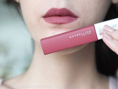 Maybelline Super Stay encre mate - My Maquillage Mac Lipstick Shades, Fall Lipstick, Lipstick Swatches, Makeup Swatches, Liquid Lipstick, Lipsticks, Maybelline Superstay, Maybelline Matte Ink, Matte Lip Color