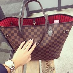 LV Shoulder Tote- Louis Vuitton Handbags New Collection to Have