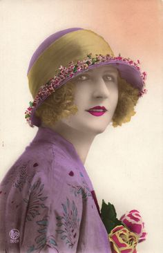 Fashion Pretty Young Lady With HAT Lipstick Tinted Photo Postcard 1920'S | eBay
