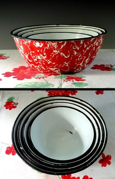 Vintage Enamelware Bowls Red and White Swirl Graniteware Nesting Bowls Set of Four