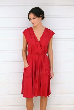 DIY TRACY REESE: Alabama Chanin works up Tracy Reese pattern Vogue #1225. Stunning!