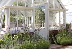A bespoke greenhouse at RHS Chelsea in 2010