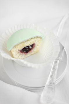 Sprinkle Bakes: Princess Torte Cupcakes