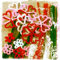 Pipe-cleaner flowers for Valentine's Day