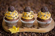 Сладости Пирожное Кофе Листья Трое 3 Зерна Еда