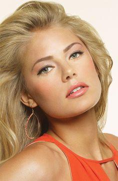 Beautiful bridal make-up idea. Bobbi Brown Miami Makeup Collection for Summer Bridal Makeup Tips, Wedding Day Makeup, Natural Wedding Makeup, Natural Makeup, Natural Tan, Hair Wedding, Make Up Looks, Beauty Care, Beauty Hacks