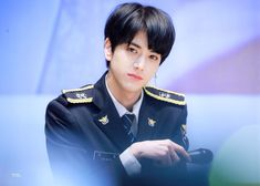 Read ♥ younghoon pics from the story profil+fakta Fandom, Kim Young, Fun Songs, Cha Eun Woo, K Idol, Pop Singers, Kpop Boy, Youngjae, Boyfriend Material