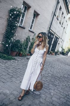 Hermes Oran Sandals Street Style Outfit Summer Casual Minimal Chic Fashion  All White  12adfd4d814