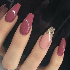Nageldesign - Nail Art - Nagellack - Nail Polish - Nailart - Nails Katja Wedding List - Why Is It On Pink Nail Designs, Acrylic Nail Designs, Nail Designs With Glitter, Best Nail Designs, Burgundy Nail Designs, Coffin Nails Designs Summer, Popular Nail Designs, Fall Designs, Gold Nails
