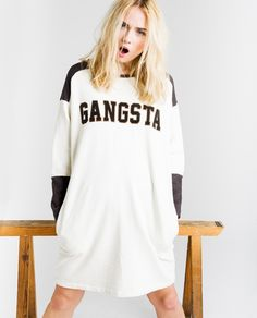 http://www.thehiptee.com/es/mujer/942-chris-dress-sweat-c-hip-white-washed-black.html
