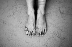 51 Things Only Ballet Dancers Understand - these are ballerina feet! Ballerina Feet, Ballet Feet, Dancers Feet, Ballet Dancers, Pointe Shoes, Ballet Shoes, Learn To Dance, Irish Dance, Band Aid