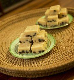 Rum and Raisin Fudge and…Jogging Fudge Recipes, Sweets Recipes, Candy Recipes, Desserts, Oh Fudge, Fudge Brownies, Homemade Sweets, Homemade Candies, Truffle Recipe