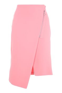 Pink is the colour of the season. Embrace it with this midi skirt in the trending hue, featuring a zip to the side and asymmetric hem. Pair with a simple tank top for a day-to-night look. Cute Skirts, Short Skirts, Simple Shirts, Night Looks, Classic Outfits, Wool Coat, Shirt Blouses, Knitwear, Midi Skirt