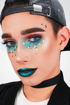 50 Times 17-Year-Old CoverGirl Star James Charles Had Better Makeup Than You