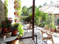@Locanda la Pieve. Terrace Garden in Semproniano