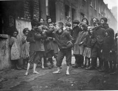 Whitechapel, East London, By this point my great-grandmother, and her family, had broken out of this level of poverty. London Kids, East End London, Old London, Vintage Photography, Street Photography, Old Photos, Vintage Photos, London Today, Slums