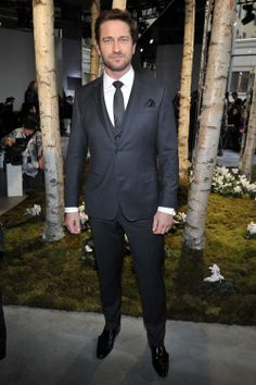 Gerard Butler in an impeccably fitted BOSS suit at the BOSS Fashion Show Fall/Winter 2014 in NY #BOSSfashionshow #NYFW