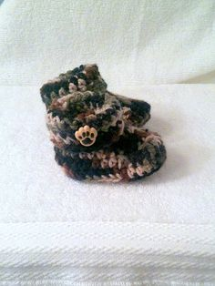 Crochet Baby Camo/Camouflage Booties Size by HaldaneCreations, $5.00
