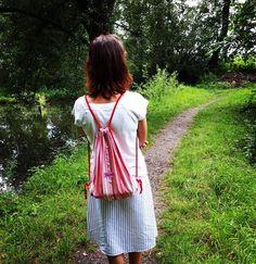 Cesta...#cesta #way #cesticka #priroda #nature #rybnik #trava #voda #stringbatoh #stringbag #vak #kosilovak #batohzkosile #suknezkosile #mensshirtbag #sukne #skirt #mensshirtskirt #upcycle #upcycling #upcyklace #slowfashion #sustainability #sustainable #recyklatorzostravy #handmade #original #creativity #redesign