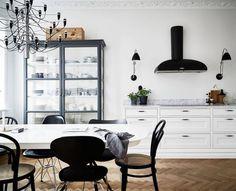 Inspiration från arkivet till nya köket 💭 Nu är det mindre än 2 månader till inflytt 👏🏻 #34kvadrat #nyproduktion #inredningsdesign #köksinspiration #kök #köksinspo #kitcheninspo #interiör #interiorinspo #heminredning