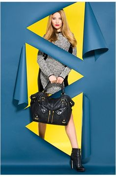 Inspiration for a window display with the use of graphics, colors, mannequins and accesories