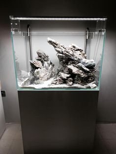 Hardscape: rocks by Michael Nguyen This is a masterpiece. I am sure it will look amazing when planted and filled up with water Hardscape: rocks by Michael Nguyen This is a masterpiece. Cichlid Aquarium, Aquarium Aquascape, Aquarium Setup, Aquarium Design, Aquarium Rocks, Aquarium Landscape, Diy Aquarium, Nature Aquarium, Aquarium Decorations