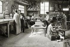 Josep Branguli - Fabrica de juguetes.1914