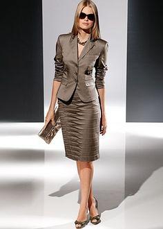 Two button blazer, pencil skirt