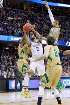 Yeah, the Cats did it again. This time, it was @DrewRoc5's to hit the clutch shots. Story: http://bit.ly/1I8fzKa