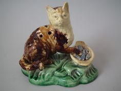 Majolica Palissy cat toothpick holder