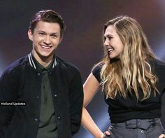 Tom Holland and Elizabeth Olsen in the ExpoD23. They're so beautiful and adorable!❤ #SpiderWitch #Peter & Wanda