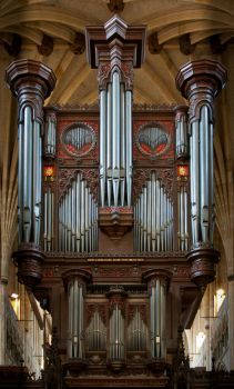 Exeter pipe organ (170 pieces)