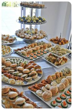 Wedding Buffet Food Party Buffet Food Set Up Food Platters Christmas Brunch Brunch Party Food Presentation Appetizers For Party Party Snacks Mini sandwiches prawn louis brioche rolls curried chicken salad on rye fingers turkey arugula and cranberry cream Party Food Buffet, Party Food Platters, Catering Buffet, Wedding Buffet Food, Candy Buffet Tables, Lunch Buffet, Wedding Reception Food, Party Trays, Catering Food