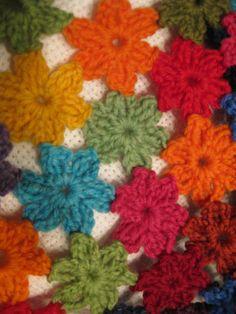 Kukkatarha. Flowergarden. Blanket, Crochet, Crafts, Tricot, Manualidades, Ganchillo, Blankets, Handmade Crafts, Cover
