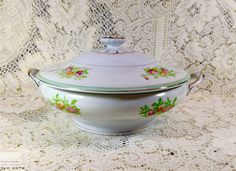 Vintage Soup Tureen by PaxTexana on Etsy