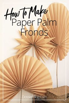 If you can fold paper, you can make these dried paper palm fronds from kraft paper! They're an easy way to DIY the dried palm trend. Flower Crafts, Diy Flowers, Giant Paper Flowers, Paper Fan Decorations, Paper Garlands, Papier Diy, Dried Flower Arrangements, Paper Leaves, Paper Fans