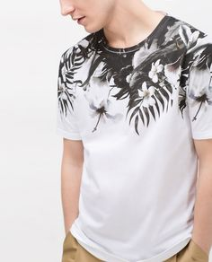 Hawaiian shirts make a distinctive fashion clothing for women and men. Both women and men should put on a smooth fragrance that may become your identity for the Shirt Print Design, Shirt Designs, Boys T Shirts, Cool Shirts, Man Street Style, Tee Shirt Homme, Custom T Shirt Printing, Mens Fashion, Fashion Outfits