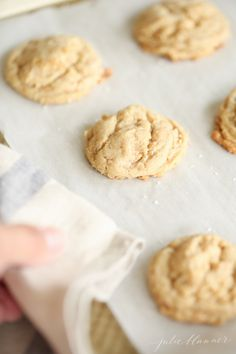 Thick, chewy oatmeal brickle cookies | Fall Cookie Week