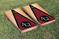 Aquinas College Saints Triangle Hardcourt Cornhole Bag Toss Game