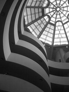 ✔️ Guggenheim Museum - NYC - Frank Lloyd Wright (inside)