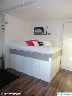 förvaring,compact living,upphöjd säng,säng,sängstomme,köksskåp