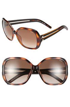 Yes! Oversized Chloé sunglasses.
