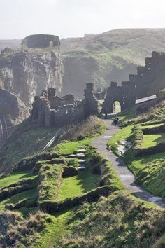 The ruins of Tintagel Castle, Cornwall, UK. I always have so much fun coming to Tintagel and walking around the ruins with all of the archaeologists. My memories in England have the most special place in my heart. Oh The Places You'll Go, Places To Travel, Places To Visit, England And Scotland, England Uk, Oxford England, Yorkshire England, Yorkshire Dales, London England