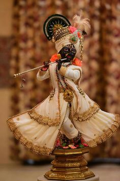 Gopal ji, Lord Shri Krishna, the Protector of the Cows and of Everyone Else!