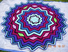 Ravelry: Stained Glass Round Ripple 6 to 24 Points by Donna Mason-Svara