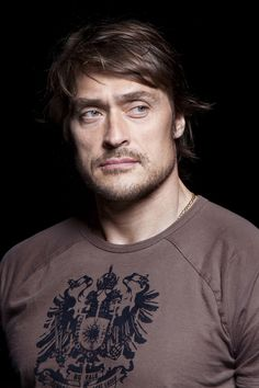 Teemu Selänne / Anaheim Ducks, one of the most famous Finnish players in the world. Finnish people love this man Ducks Hockey, Ice Hockey, One Duck, Hockey Boards, Hockey Season, Anaheim Ducks, Hockey Players, Sport, Star Wars